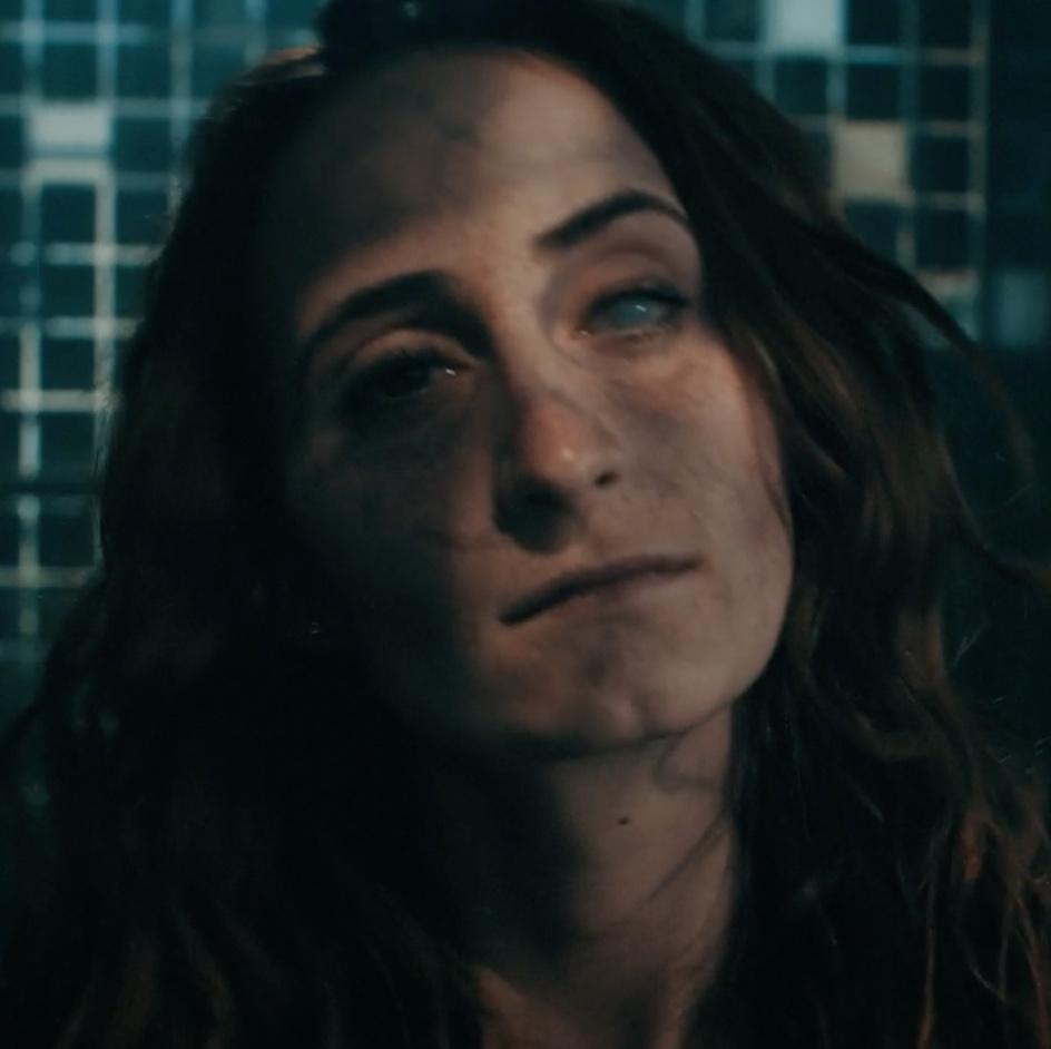 portrait zombie ZOLANDA