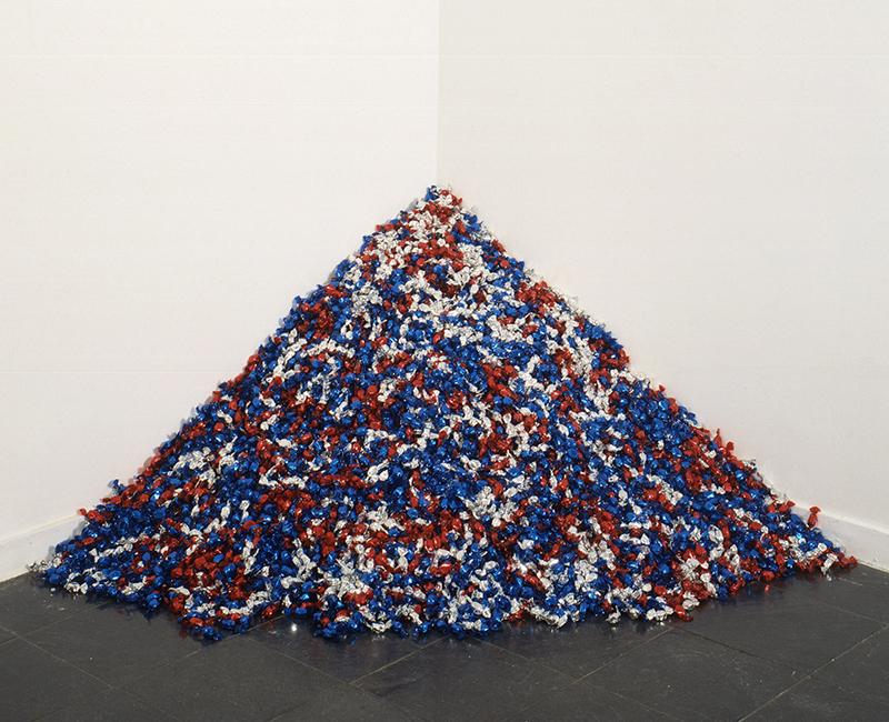 Tas de bonbons, œuvre de Felix Gonzales-Torres intitulée Untitled (USA Today)